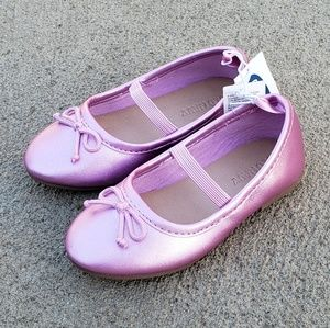 OLD NAVY Girls Flats Shoes Size 6 or 7 NEW